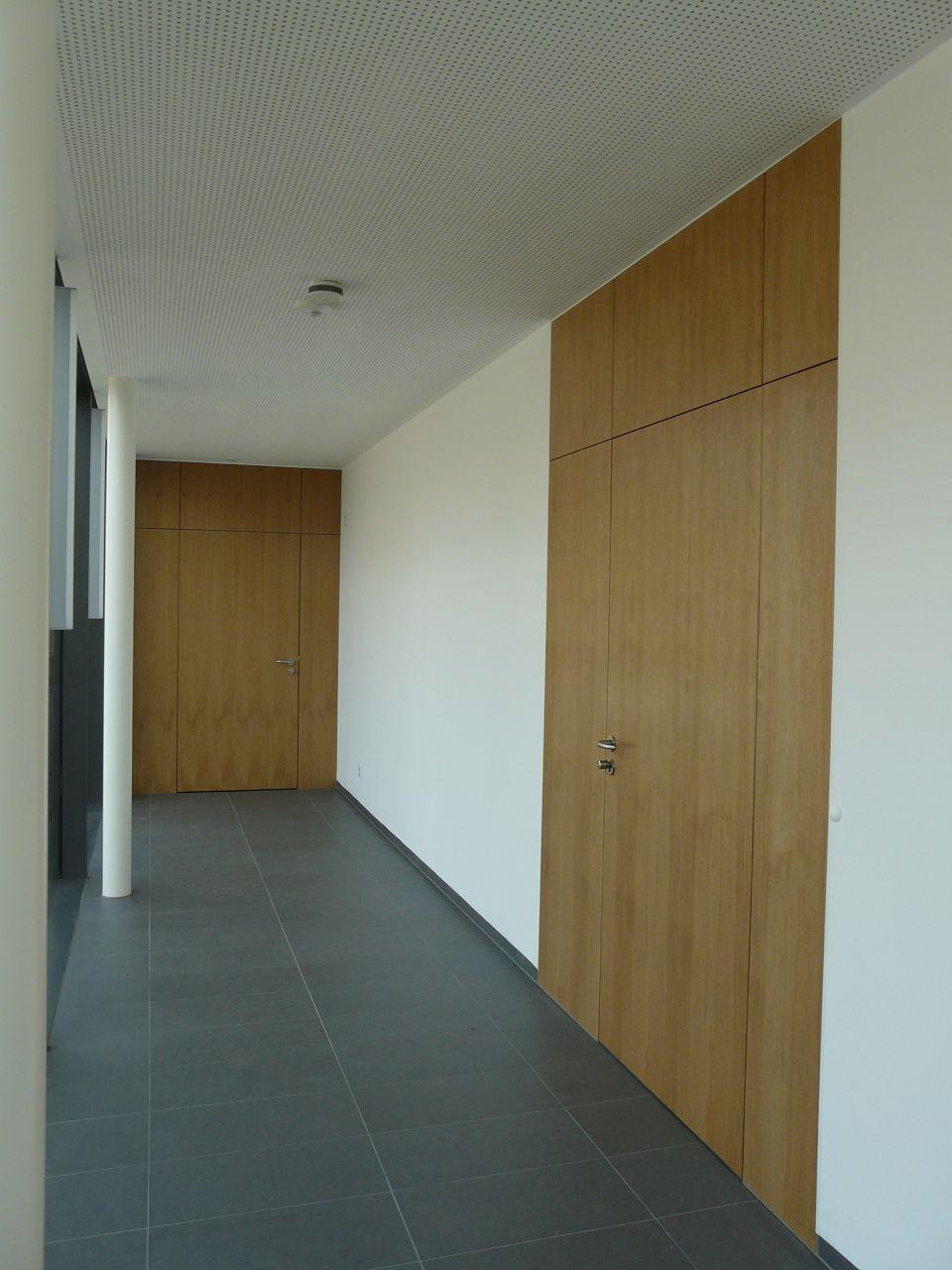 Tischlerei-Baeumer-Altenberge-Pfarrheim-Lengerich-Einbaumoebel-Innentueren_10